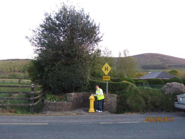 04-painting-on-killarney-Road.jpg