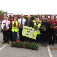 03-Flowers-presented-to-Millstreet-Tidy-Town.jpg